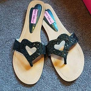 RARE Black 🖤 Glitter Betsey Johnson heart sandals